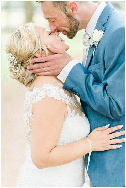 Domaine De Grolhier Wedding Photography 083(pp w480 h716)