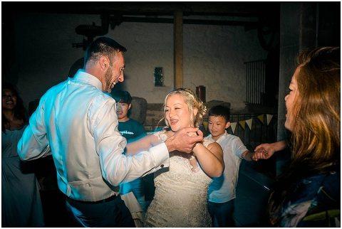 Domaine De Grolhier Wedding Photography 138(pp w480 h322)