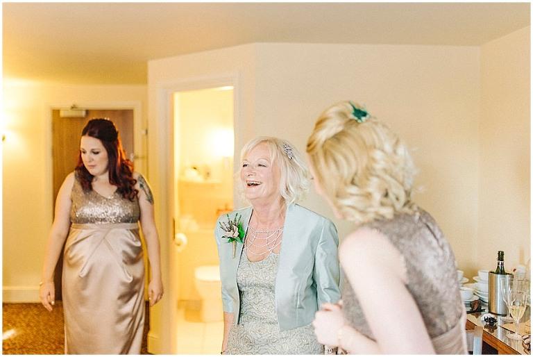 Alnwick Treehouse wedding 008(pp w768 h514)