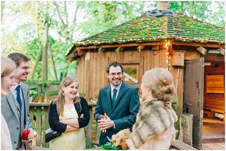 Alnwick Treehouse wedding 068(pp w768 h515)