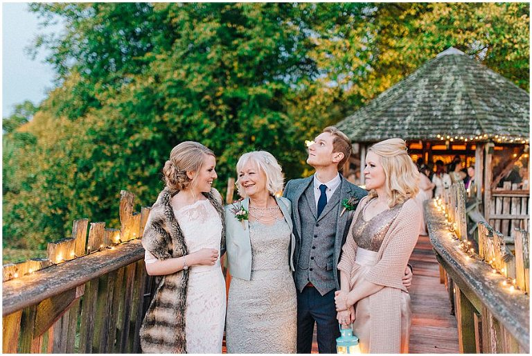 Alnwick Treehouse wedding 082(pp w768 h514)