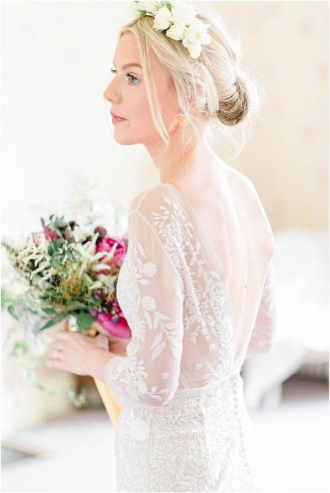 Best Bright Natural Wedding Photographer 053(pp w480 h718)