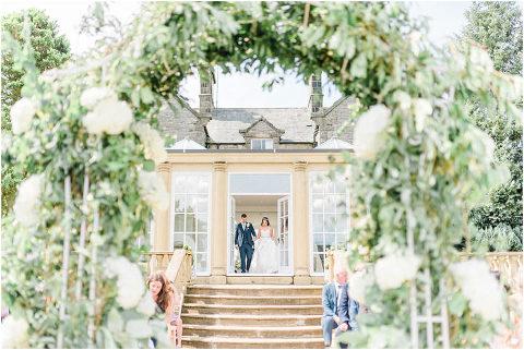 Best Bright Natural Wedding Photographer 073(pp w480 h321)
