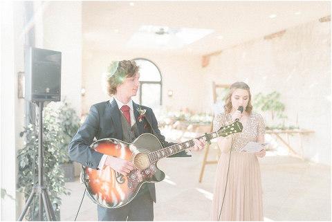 Best Bright Natural Wedding Photographer 088(pp w480 h321)