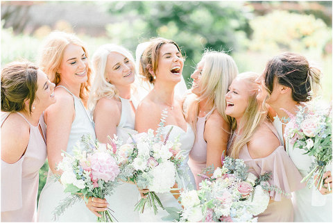 Best Bright Natural Wedding Photographer 104(pp w480 h321)