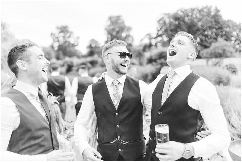 Best Bright Natural Wedding Photographer 115(pp w480 h321)