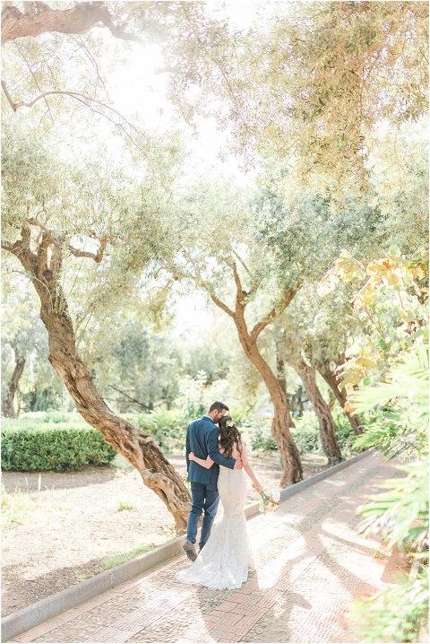 Best Bright Natural Wedding Photographer 132(pp w480 h718)