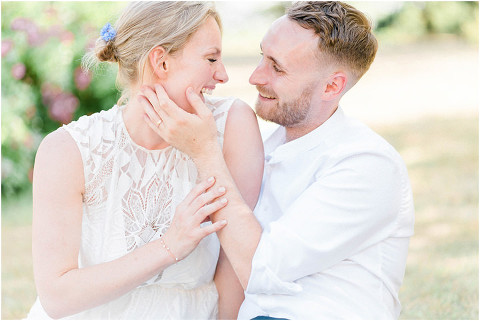 Best Bright Natural Wedding Photographer 137(pp w480 h321)