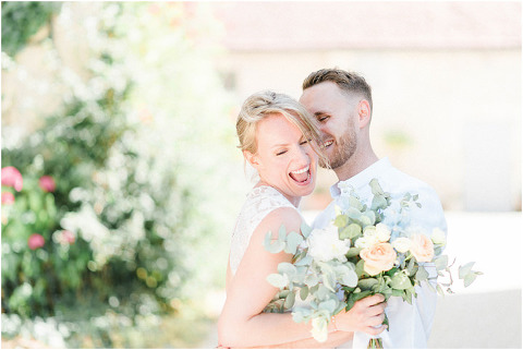 Best Bright Natural Wedding Photographer 149(pp w480 h321)
