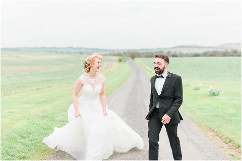 Best Bright Natural Wedding Photographer 153(pp w480 h321)
