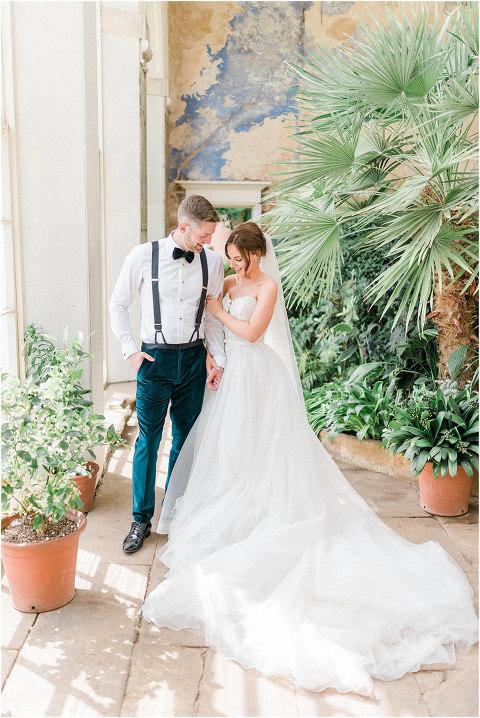 Best Bright Natural Wedding Photographer 175(pp w480 h718)