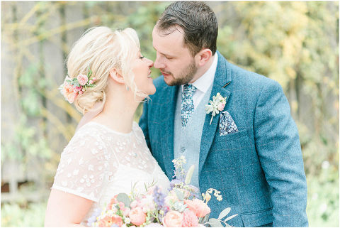 Best Bright Natural Wedding Photographer 183(pp w480 h321)