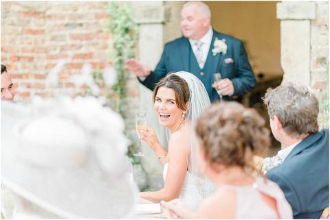 Best Bright Natural Wedding Photographer 215(pp w480 h321)