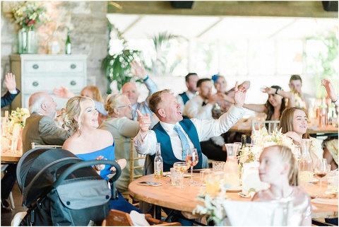 Best Bright Natural Wedding Photographer 228(pp w480 h321)