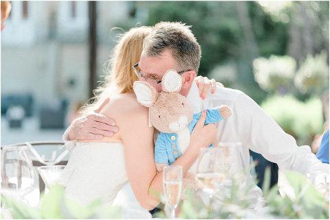 Best Bright Natural Wedding Photographer 233(pp w480 h321)