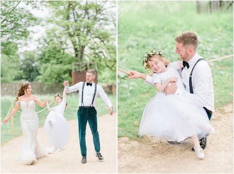 Best Bright Natural Wedding Photographer 240(pp w480 h358)