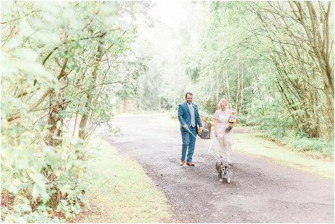 Best Bright Natural Wedding Photographer 263(pp w480 h321)