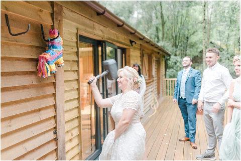 Best Bright Natural Wedding Photographer 287(pp w480 h321)
