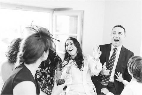 Best Bright Natural Wedding Photographer 288(pp w480 h321)