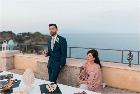 Best Bright Natural Wedding Photographer 293(pp w480 h321)