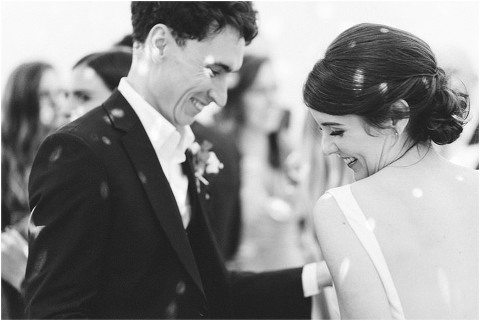 Best Bright Natural Wedding Photographer 312(pp w480 h321)