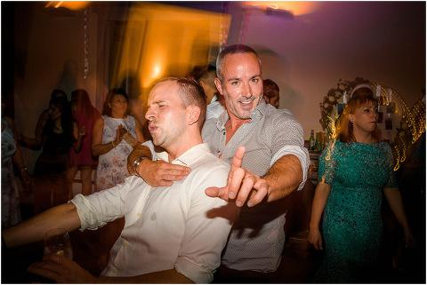 Best Bright Natural Wedding Photographer 322(pp w480 h321)